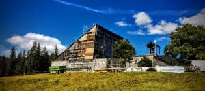 Neue Fassade Kirche Winklmoos Alpin Zimmerei und Innenausbau Reit im Winkl